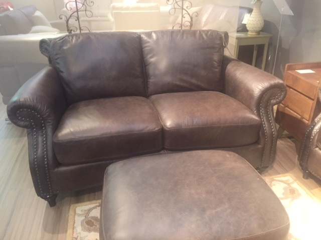 A297 Loveseat by Natuzzi in Natural Brown Leather
