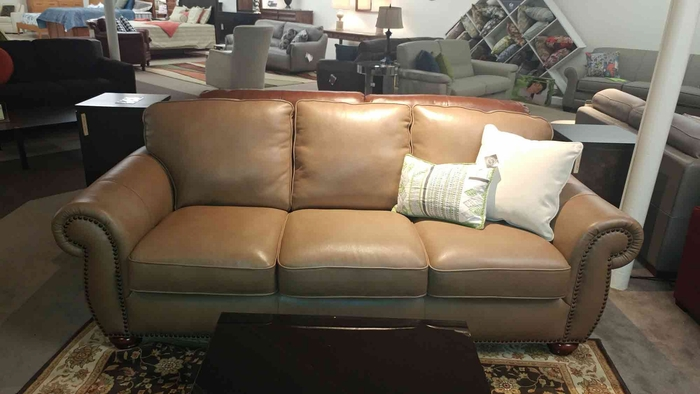 A358 Sofa in top grain leather with nail heads
