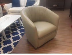 A835 Natuzzi Swivel Chair