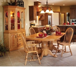 Ann Arden Amish Canted Dining Set