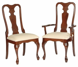 Ann Arden Amish Hip Queen Anne Dining Chair Option 2