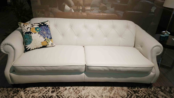B520 Natuzzi Button Tufted Sofa in White Leather