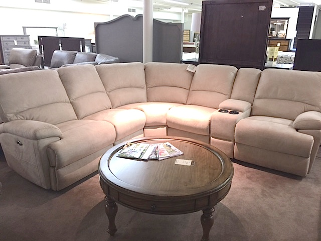 Bassett Reclining Sectional Sofa with 3 Power Recliners