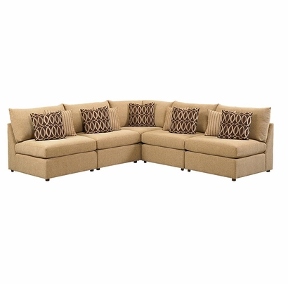 Beckham l shaped sectional sofa by bassett furniture for Small sectional sofa bassett