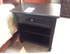 Chatham One Drawer Nightstand by Bassett