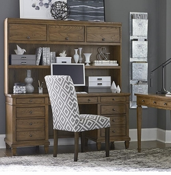 Commonwealth Executive Desk with Hutch