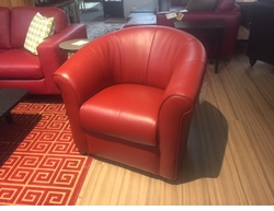 Natuzzi B738 Swivel Chair