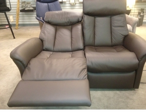 Slogen Double Power Reclining Loveseat