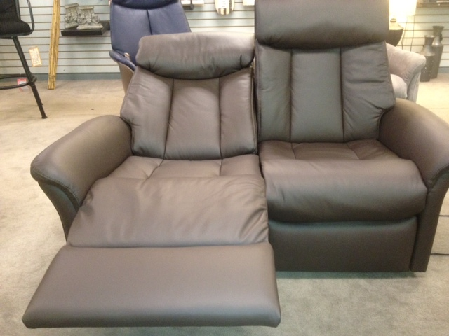 Slogen Double Power Reclining Loveseat : loveseat with recliners - islam-shia.org
