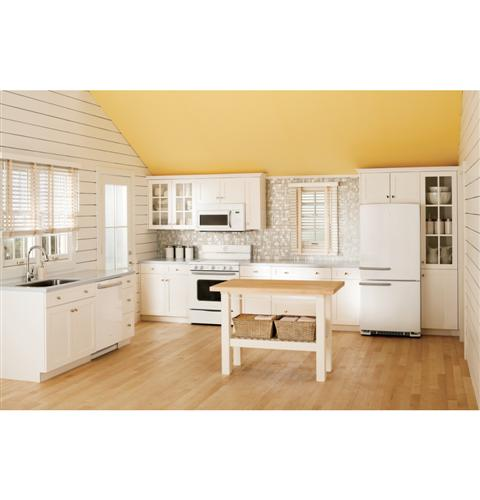"""ABS45DFWS GE Artistry 30"""" Free Standing Electric Range with 8"""" Power Boil Element - White"""