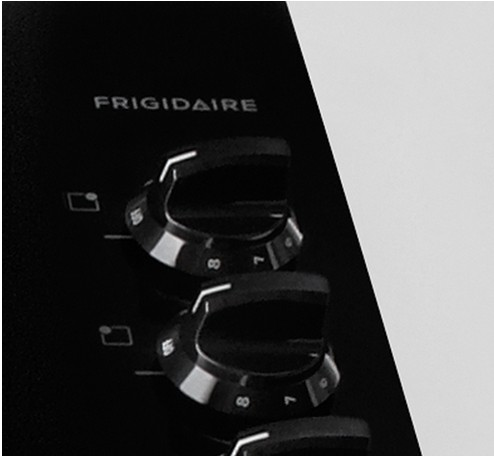 FFEC3024PS Frigidaire 30'' Electric Cooktop - Black with Stainless Trim
