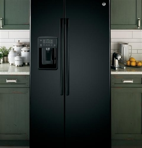 GSE25GGHBB GE Energy Star 25.4 Cu. Ft. Side-By-Side Refrigerator with Arctica Ice Maker - Black