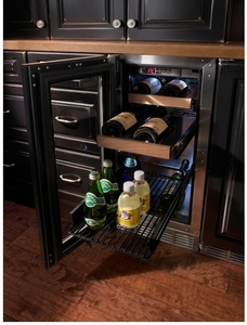 "HP15BS34L Perlick 15"" Signature Series Stainless Beverage Center with Integrated Wood Overlay Glass Door - Left Hinge"