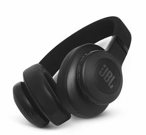 E55BT JBL Bluetooth Over-Ear Headphones with 2-Hour Recharge Time and 32 Ohms - Black
