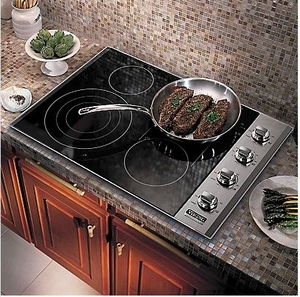 """VEC5304BSB Viking 30"""" Electric Radiant Cooktop with Quickcook & Bridge Element - Black & Stainless Steel"""