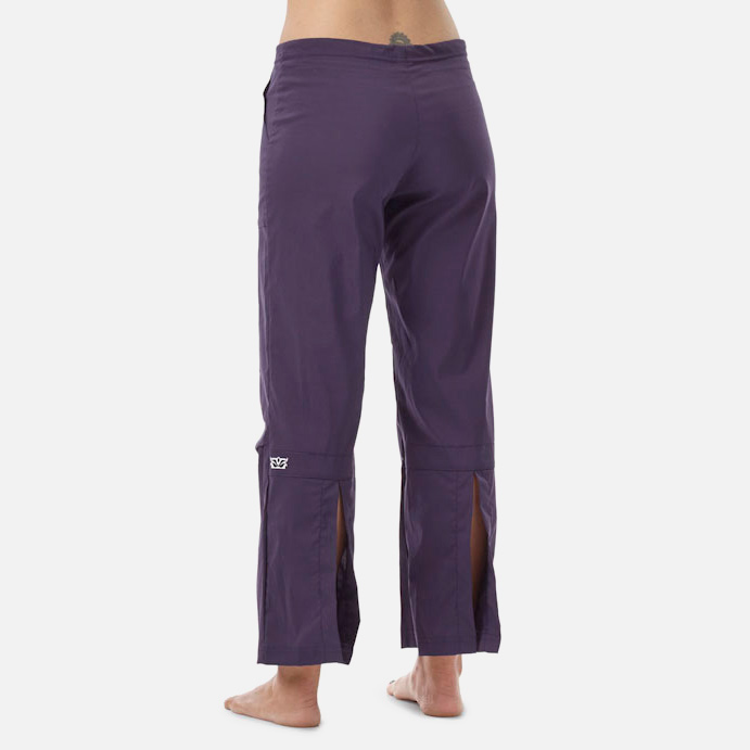 048aa861d3 SALE / Be Present Agility Pant (back slits) Womens Apparel at Vickerey