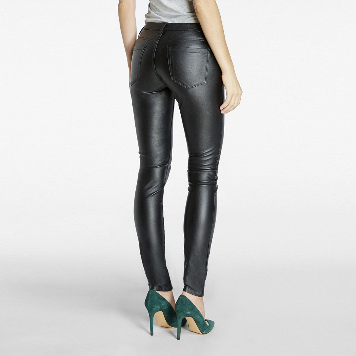 90c1dbea87e77 BlankNYC Faux Leather Skinny Pant Womens Apparel at Vickerey