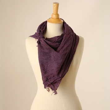 Crinkle Scarf in Raisin