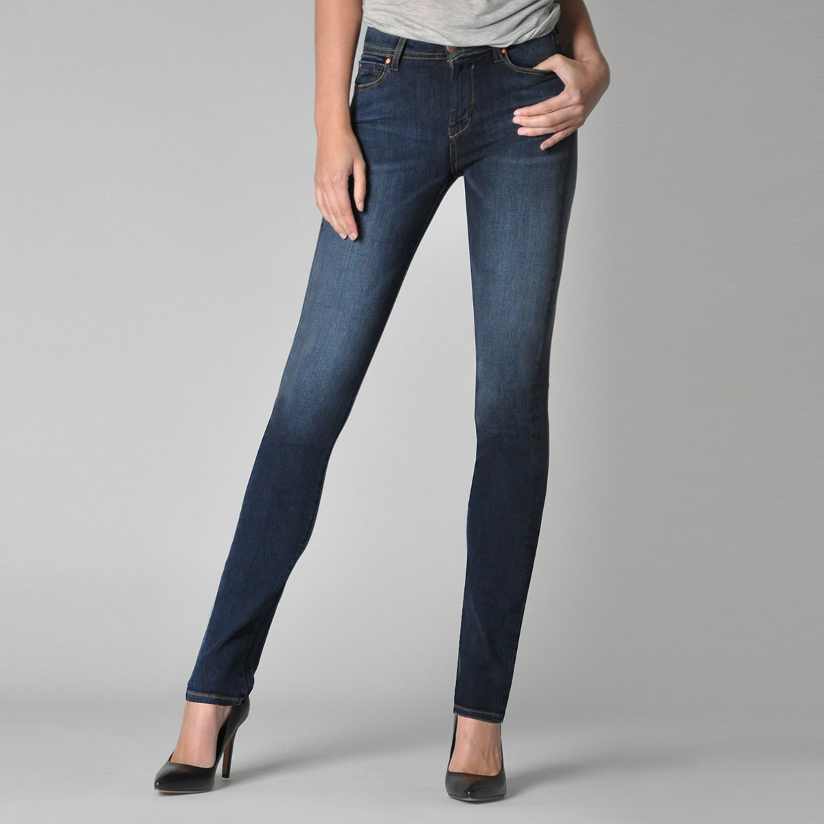 Fidelity Denim Stevie Mid Rise Tapered Jean Womens Apparel