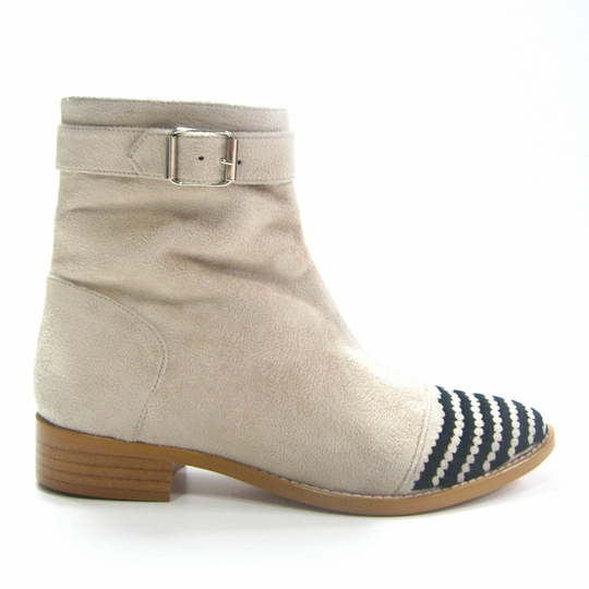 Olsen Haus Moon Ankle Boot ( White/Black Faux Suede )