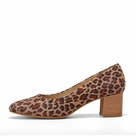 Olsen Haus Stacked Heel Pump in Leopard