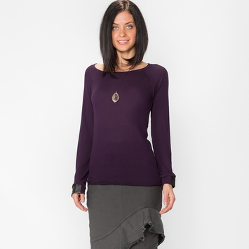 Solow Slash Back Top in Aubergine/Black