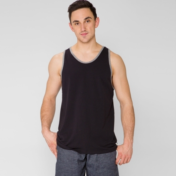 Vuori Tuvalu Stretch Tank in Black