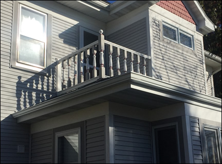 Railing on 2nd floor - Porch Photo 87