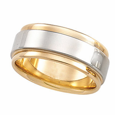Man's 7.5 mm Two-Tone Grooved-Edge Flat Comfort-Fit Band