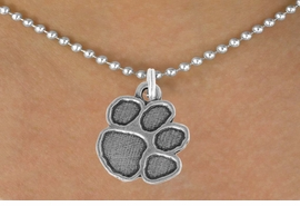 "<bR>               EXCLUSIVELY OURS!!<BR>         AN ALLAN ROBIN DESIGN!!<BR>CLICK HERE TO SEE 600+ EXCITING<BR>   CHANGES THAT YOU CAN MAKE!<BR>              LEAD & NICKEL FREE!!<BR>      W914SN - ""PAW PRINT""<Br>  NECKLACE FROM $5.55 TO $9.00"