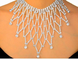 <BR>                    LEAD AND NICKEL FREE <BR> W9791NE - EXQUISITE AUSTRIAN CRYSTAL<br>                 NECKLACE & EARRING SET<br>                YOUR LOW PRICE IS $82.50