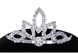 "<Br>                  LEAD & NICKEL FREE!!<Br>W11553T - GENUINE AUSTRIAN CRYSTAL<Br>    ""FLOWER PETAL"" TIARA HAIR COMB<Br>                  FROM $3.94 TO $8.75"