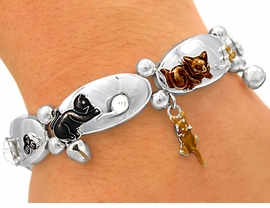 <BR>  S2118B - ADORABLE PLAYFUL<BR>CATS STRETCH BRACELET FROM<Br>                  $3.94 TO $8.75
