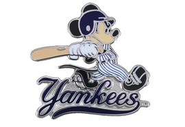 <Br> MAJOR LEAGUE BASEBALL LAPEL PIN  <br> OFFICIALLY LICENSED DISNEY AND MLB ITEM!! <BR>               LEAD & NICKEL FREE!! <Br>W21015P - SILVER TONE NEW YORK YANKEES <Br>AND MICKEY MOUSE LOGO LAPEL PIN <Br>          FROM $3.99