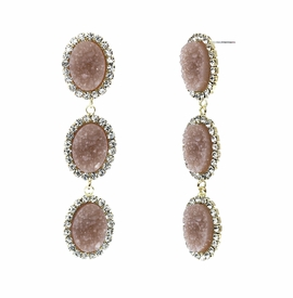 <BR>        W29487E - BEAUTIFUL NEW FASHION JEWELRY EXCLUSIVE <BR>  DUSTY ROSE NATURAL GEODE STONE AND CLEAR CRYSTAL ACCENTED<BR>    THREE TIERED GOLD TONE POST SETTING FASHION EARRINGS<BR>                     NO NICKEL, LEAD, OR POISONOUS CADMIUM.  <br>                            BUY THESE EARRINGS FOR $10.00 EACH
