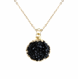 <BR>     W29525N12 - EXCITING NEW FASHION JEWELRY EXCLUSIVE <BR>  JET BLACK TONE NATURAL GEODE CRYSTAL GOLD-TONE PENDANT <BR>    ON BEAUTIFUL ADJUSTABLE GOLD-TONE CHAIN LINK NECKLACE<BR>                     NO NICKEL, LEAD, OR POISONOUS CADMIUM.  <br>                              BUY THIS NECKLACE FOR $10.00 EACH