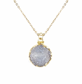 <BR>     W29527N12 - EXCITING NEW FASHION JEWELRY EXCLUSIVE <BR> BRIGHT WHITE TONE NATURAL GEODE CRYSTAL GOLD-TONE PENDANT <BR>    ON BEAUTIFUL ADJUSTABLE GOLD-TONE CHAIN LINK NECKLACE<BR>                     NO NICKEL, LEAD, OR POISONOUS CADMIUM.  <br>                              BUY THIS NECKLACE FOR $10.00 EACH