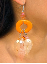 "W7300EA - ACRYLIC STONE DROP &<br>  SUSPENDED, DYED ""GRASS LEAF""<br>             EARRING ASSORTMENT<bR>                    AS LOW AS $3.05"