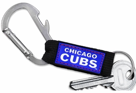 <bR> WHOLESALE MLB BASEBALL TEAM KEYCHAIN <BR>     OFFICIAL BASEBALL LICENSED!! <br>             LEAD & NICKEL FREE!!! <br> W20492KC - OFFICIAL CHICAGO CUBS <BR>  CARABINER WITH BOTTLE OPENER AND <BR>      KEY CHAINYOURS FOR $1.43 To $1.68 EACH �2013