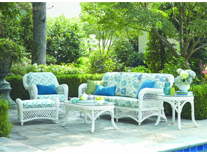 Stunning Outdoor Wicker Furniture