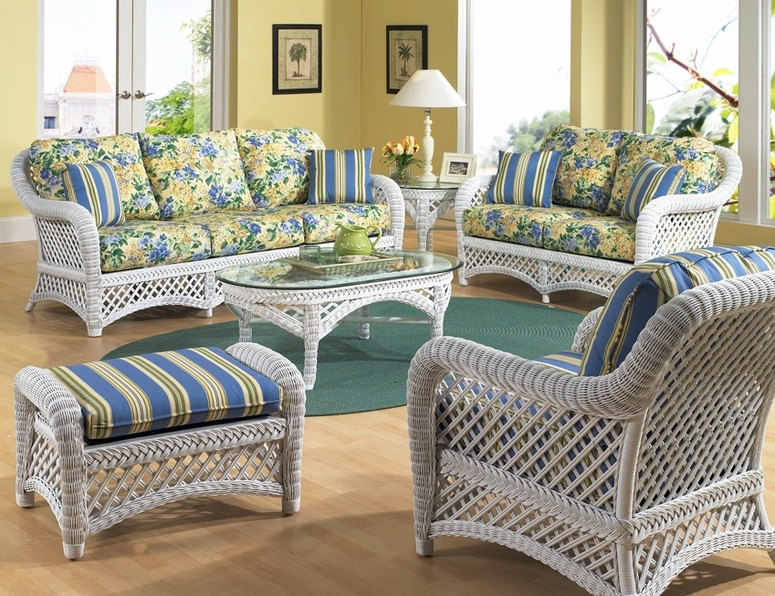 How to pick fabrics for your furniture for How to pick furniture