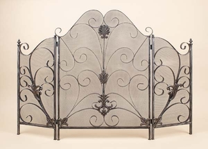 METAL FIRE SCREEN FOR FIRE PROTECTION - 97845 by Benzara