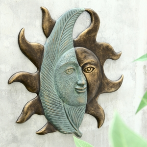 Aluminum Sun Face with Leaf Wall Hanging Plaque by SPI-HOME