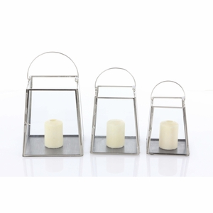 Astonishing Candle Holder, Set Of 3 - 57382 by Benzara