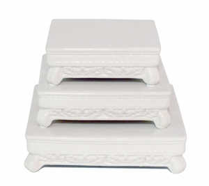 Classy Styled Pedestal Set Of 3
