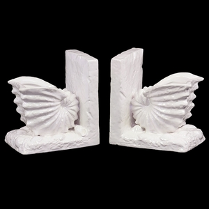 Neat & Gorgeous Ceramic Sea Snail Shell Bookend in White