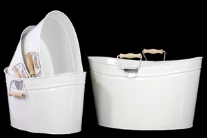 Set Of Four Metal Oval Buckets With Wood Handle - White