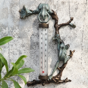Wall Mounted Thermometer with Two Climbing and Stretching Frogs by SPI-HOME