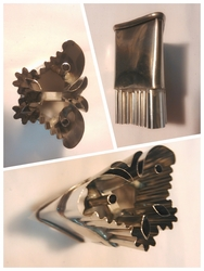 fruit and vegetable cutters