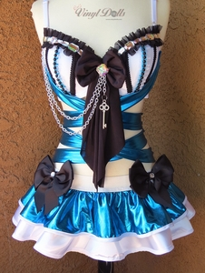 Alice in Wonderland Rave Outfit